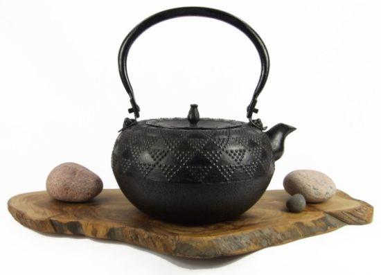 Чайник тэцубин