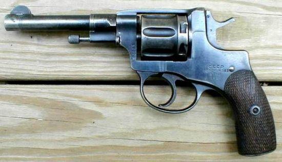 История револьвера