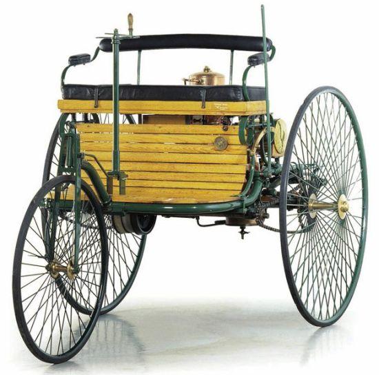 История первого автомобиля