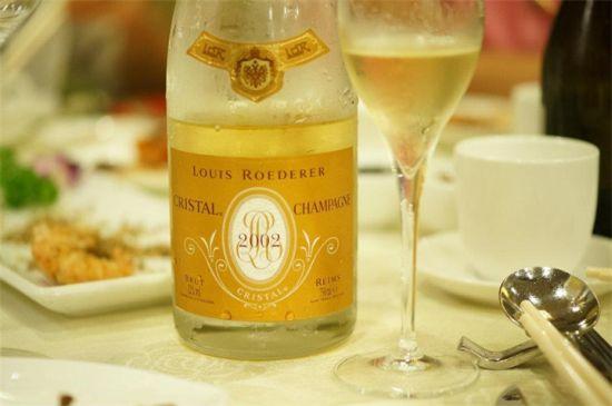 История шампанского Кристалл