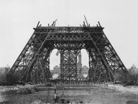 История Эйфелевой башни