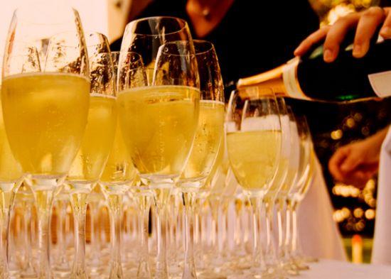 История шампанского
